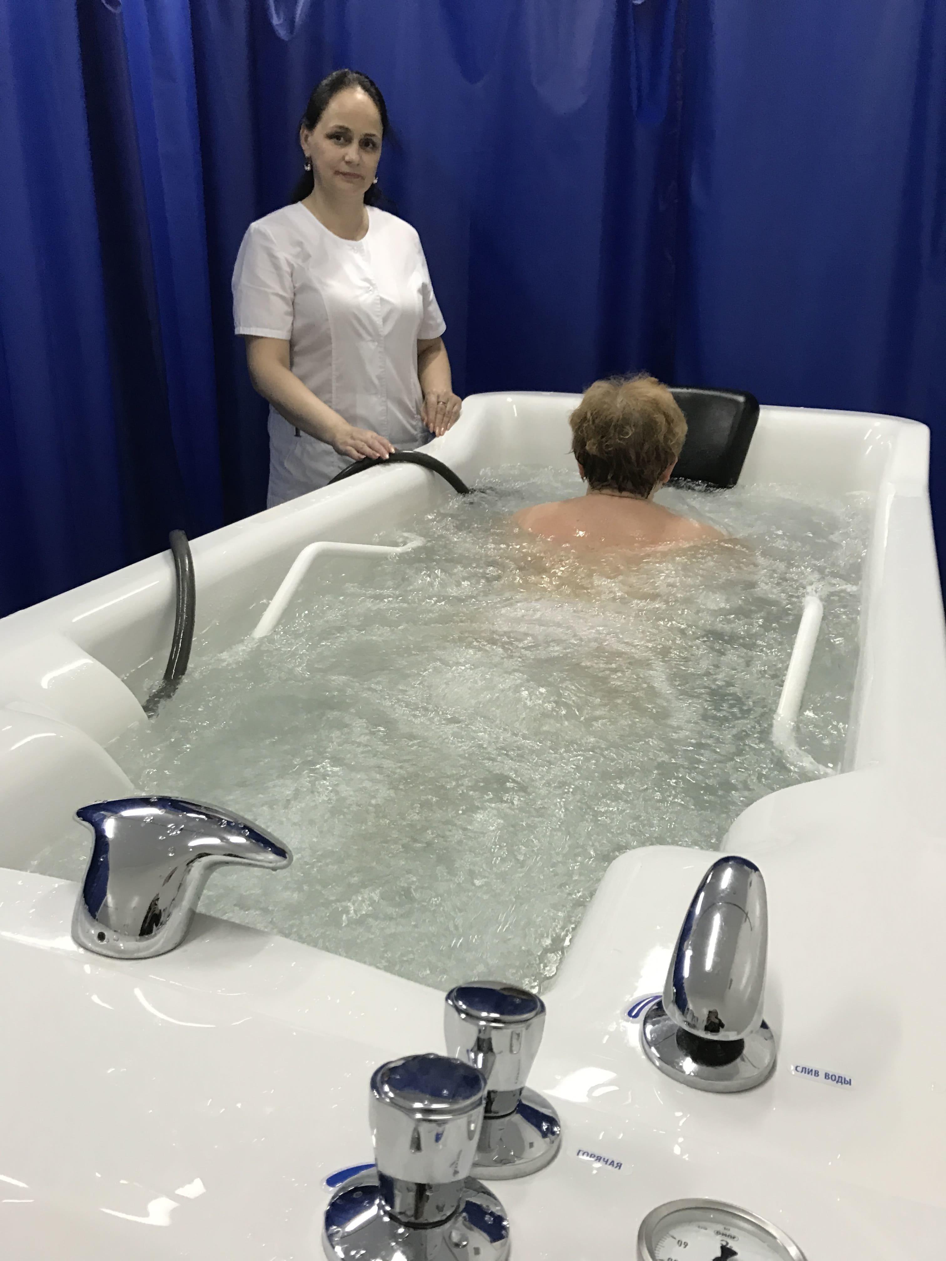 Гидромассажная ванна «Акваделиция»